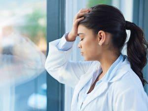 Sintomas do burnout em profissionais da saúde